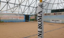rete da beach volley con brand mini roma